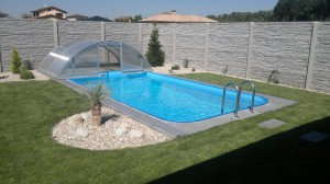 bazén obdĺžnik s rebríkom